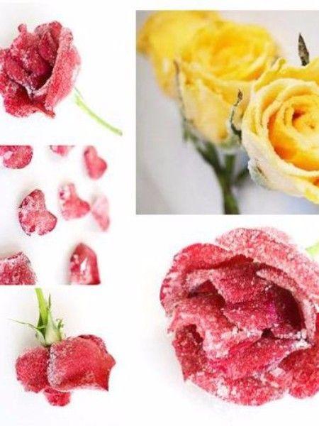 Роза. Пожалуй, это самый известный цветок, среди съедобных. Лепестки имеют ароматный, слегка терпкий вкус, который более выражен в темных сортах. Роза идеально подходит для напитков, тортов и джемов. Хорошо подходит для ароматизации вторых блюд из мяса.