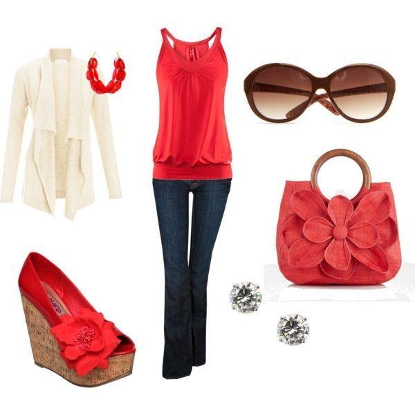 19.Красный цвет не оставляет своих позиций этим летом. В сочетании с джинсовым низом и белой кофтой, красный особенно хорош.