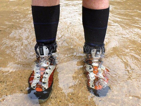 18. Последствия. Взрослый предлагает ребенку ответить, какими станут носки, если наступить в лужу (мокрыми); ботинки, если пройти по грязи (грязными); каша, если насыпать в нее сахар (сладкой); белье, если его постирать (чистым).