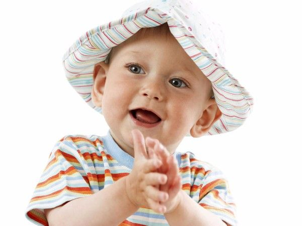 1. Хлоп. Взрослый перечисляет различные предметы, ребенок должен хлопнуть в ладоши, когда будет назван предмет, удовлетворяющий объявленному условию (что-то красное, что-то съедобное).