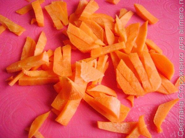 Тушеные куриные сердечки в томате