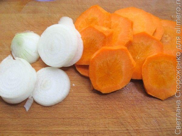 Карп запеченный в духовке с овощным гарниром