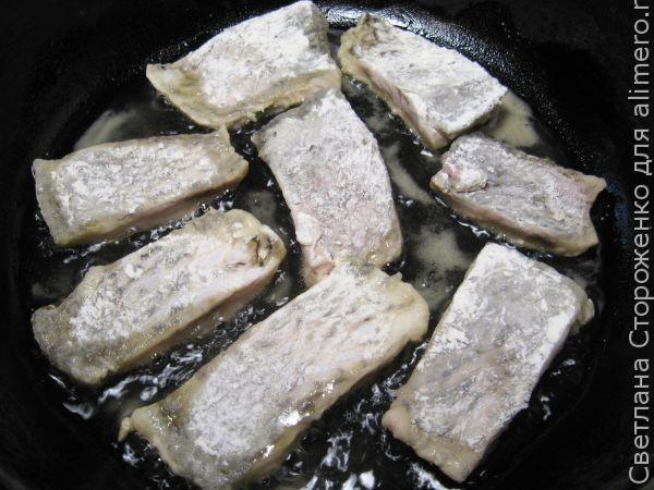 Тушеная рыба в молоке
