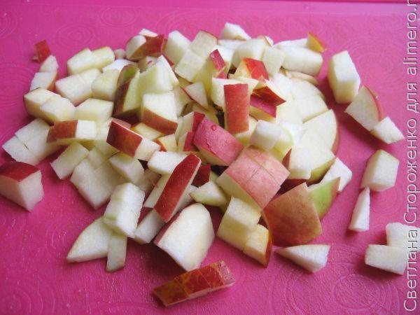 Шарлотка с яблоками и тыквой в мультиварке