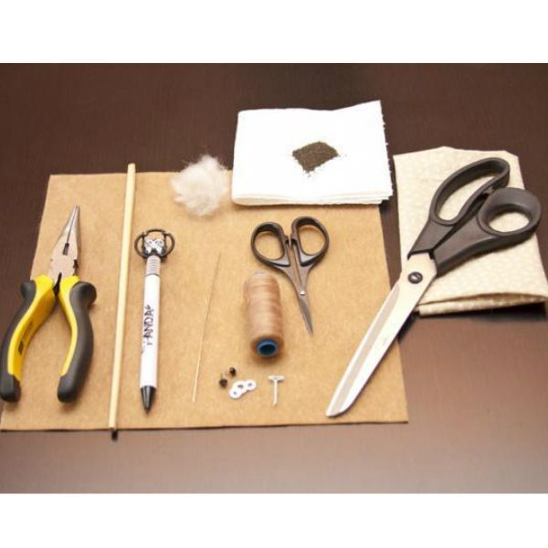 Перед началом работы приготовьте те инструменты и материалы, которые вы видите на фото. Приступаем к работе.
