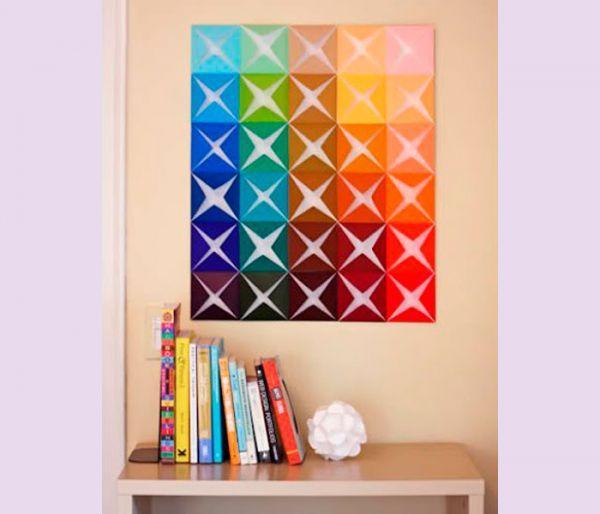 Для этого яркого панно вам понадобится: цветная бумага разных цветов, ножницы, простой карандаш, основа для панно.