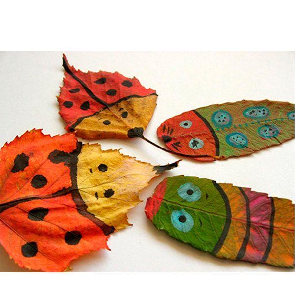 Очень понравится ребенку делать из листьев забавных зверюшек. Вместе посмотрите на форму листа – и решите, на какое животное он может быть похож.