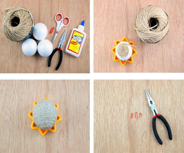 Обмотайте шарик бечевкой, окунув ее в клей. Петельку сделайте из скрепки. Приклейте к шарику элементы кружева. Готово!