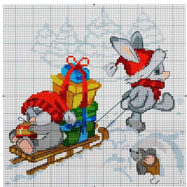 Начинающим вышивальщицам очень пригодится специальный водорастворимый маркер. Чтобы не сбиться, канву можно расчертить по аналогии со схемой и высчитывать крестики сразу на канве.