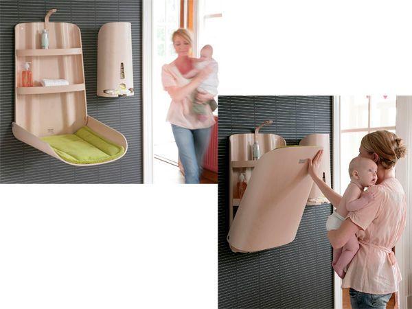 Откидной пеленатор - очень удобная вещь, если в доме есть ребенок. А на полочке можно хранить средства детской гигиены: мыло, гель, ушные палочки и т.д.