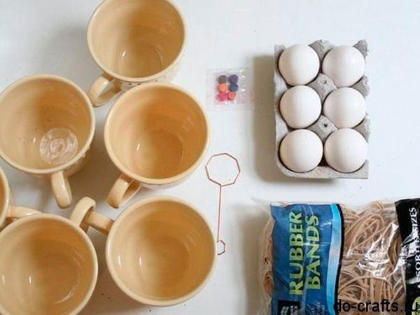 Также нам понадобятся: чашки, пищевые красители, канцелярские резинки.