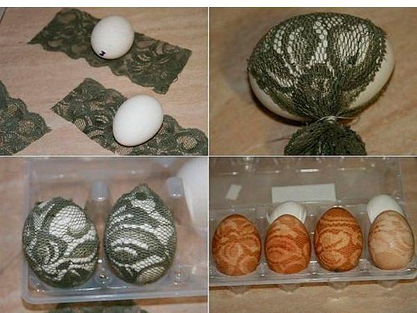 Оборачиваем яйцо кружевом, туго завязываем. Варим в пищевом красителе или луковом отваре. Снимаем кружево.