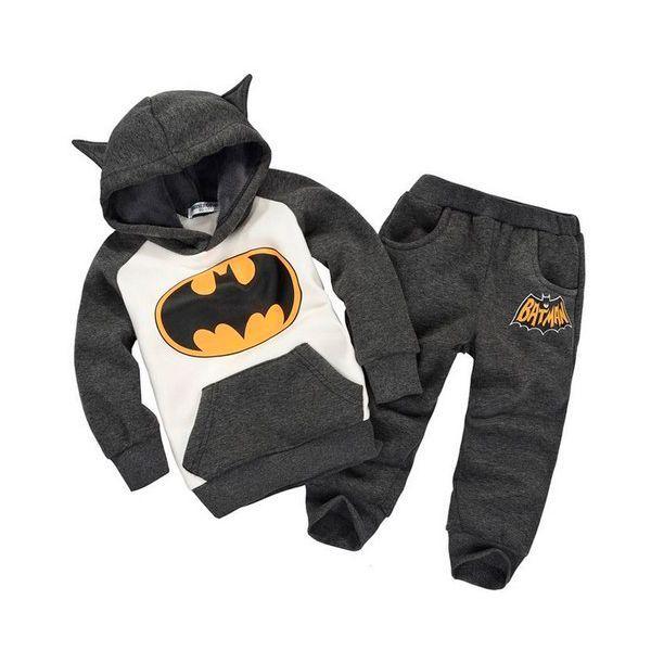 Оригинальная одежда, особенно на вырост, это отличный подарок! Каждая мама ему обрадуется.