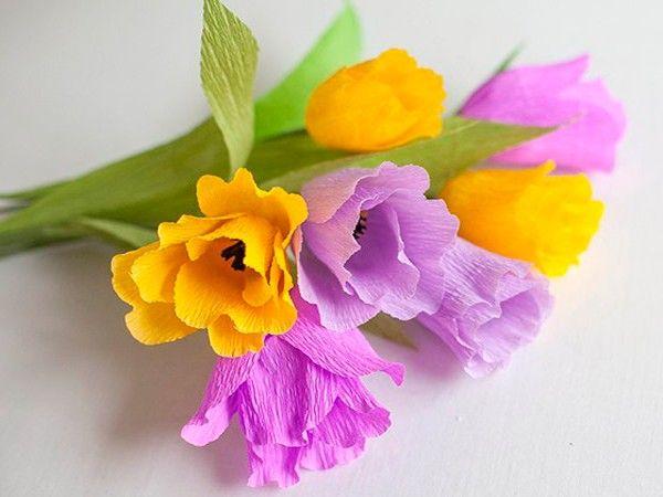 Цветы из гофрированной бумаги, мастер-классы.