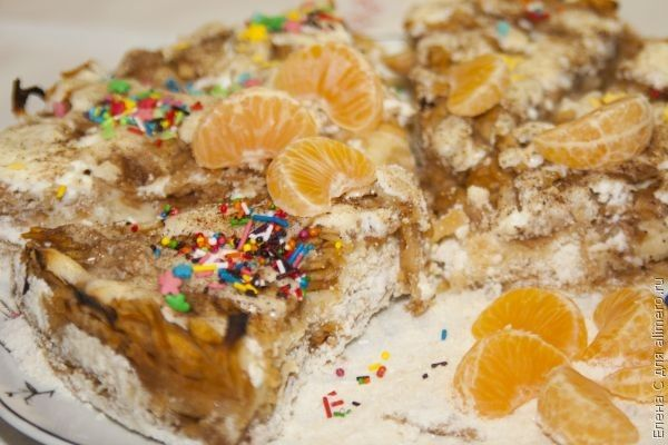 Пирог с яблоками из сухого теста