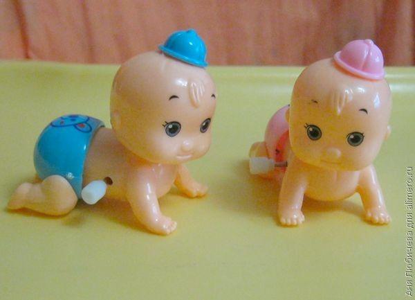 Как я училась различать дочек-близняшек