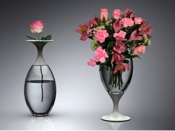 Что делать с неприятным налетом, въевшимся в дно вашей узкогорлой вазы? Наполните вазу наполовину водой и бросьте две таблетки алка-зельцер. Подождите пока не исчезнут пузырьки и ополосните вазу. Так же можно чистить колбу термоса.