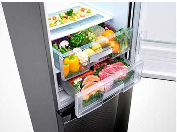 В вашем холодильнике должны находиться только те продукты, от которых не полнеют: обезжиренное молоко, нежирный сыр, постное мясо, яйца, овощи и т.п.
