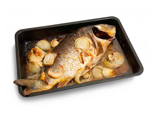 Устраивайте раз в неделю рыбный день. Потребности организма в витамине D будут покрыты на целую неделю. Рыба, за исключением некоторых видов, содержит мало жиров и хорошо насыщает. Морская рыба к тому же снижает уровень холестерина в крови.