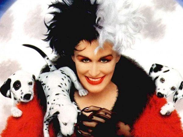"""""""101 далматинец"""". Лондон. Злодейка Круэлла Де Виль мечтает под Рождество сшить себе шубу из редкой шкуры щенков-далматинцев. Для этого ей потребуется ни много ни мало — 99 безвинных щенков."""