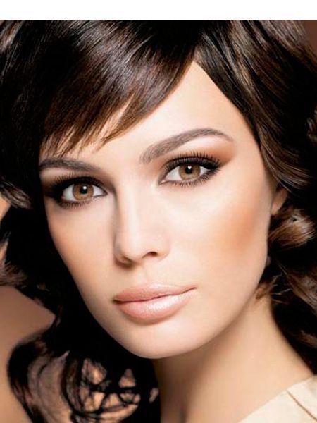 Брови не должны быть слишком темными,прокрашивайте их в тон оттенку волос или на 2 тона темнее, если от природы брови очень светлые.