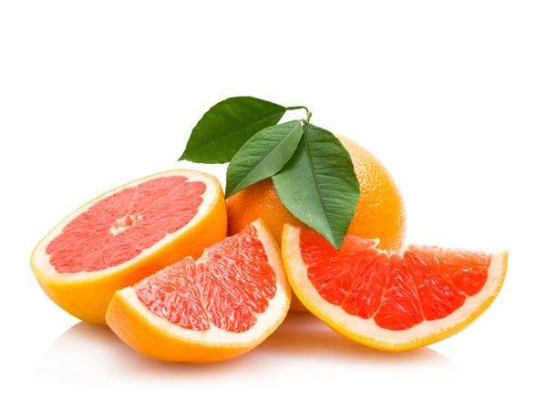 После любой еды ешьте грейпфрут. Двух долек грейпфрута достаточно, чтобы улучшить работу органов пищеварения.