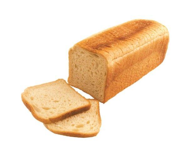 Для того, чтобы ваш хлеб дольше сохранился, рядом с ним нужно положить кусочек картофеля, яблока или немного соли.