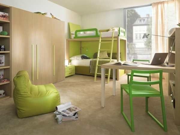 Двухъярусные кровати в интерьере детской, идеи.