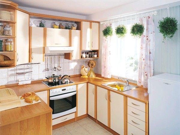 Идеи оформления окна на кухне