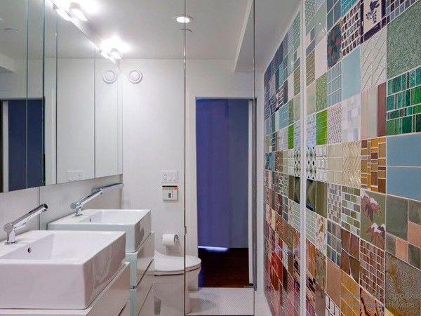 3. Плитка обладает устойчивостью к влаге, перепадам температуры и прочим бедам, поэтому лучше всего  подходит для ванной и кухни.  Недостатком материала является сложность в работе и дороговизна.
