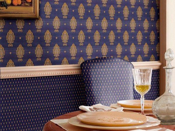 9. Отделка стен тканью способствует созданию уюта, делает стены значительно теплее, улучшает акустические свойства помещений.