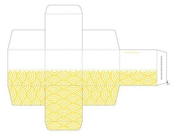 Для склеивания лучше использовать двусторонний скотч. На одном листе А4 помещается одна подарочная коробка.