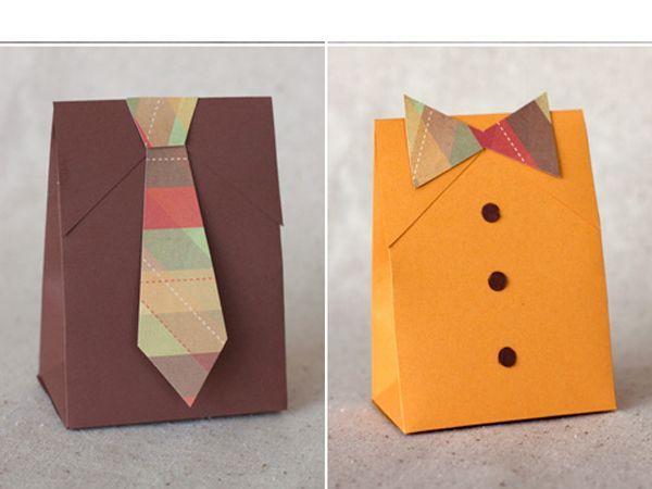 Отличная подарочная коробка для мужчин на 23 февраля!  Эту коробку очень легко сделать. Используйте разные цвета и комбинации галстук с бабочкой для разных случаев.