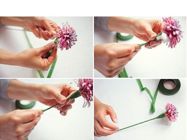 Каждую полоску оберните вокруг деревянной шпажки. Шпажку оберните флористической лентой.