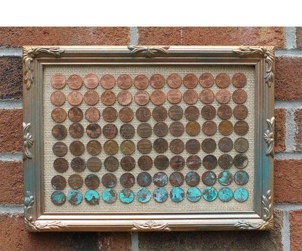 Чтобы сделать такое панно, нам понадобятся: монеты, мешковина, рамка, термоклей, соль, уксус.