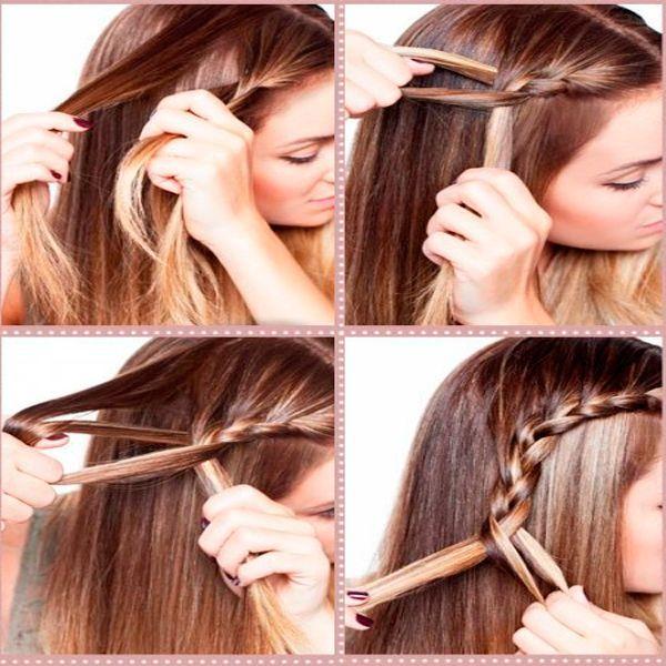 Заплетайте косу, подхватывая пряди по бокам. Снизу закрепите резинкой.