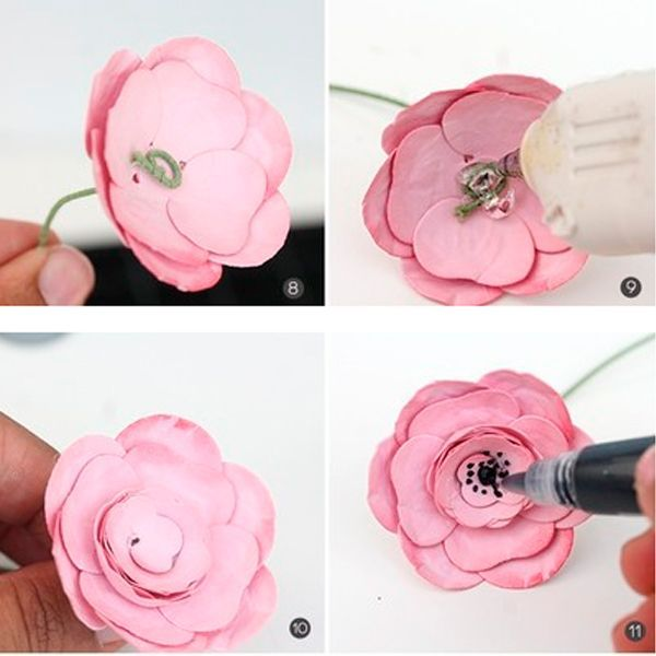 В серединку цветка нанесите точечно немного черного глиттера. Цветок готов!