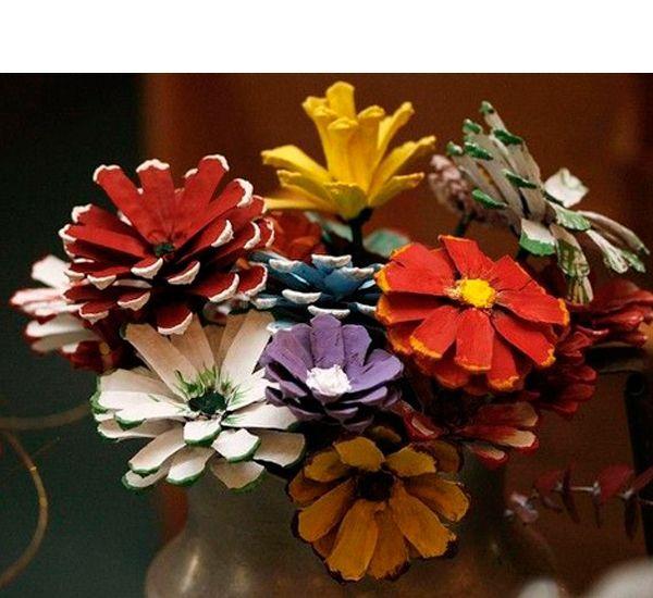 Цветы из шишек сосны своими руками
