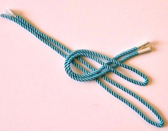 Украшения из шнуров, мастер-классы.