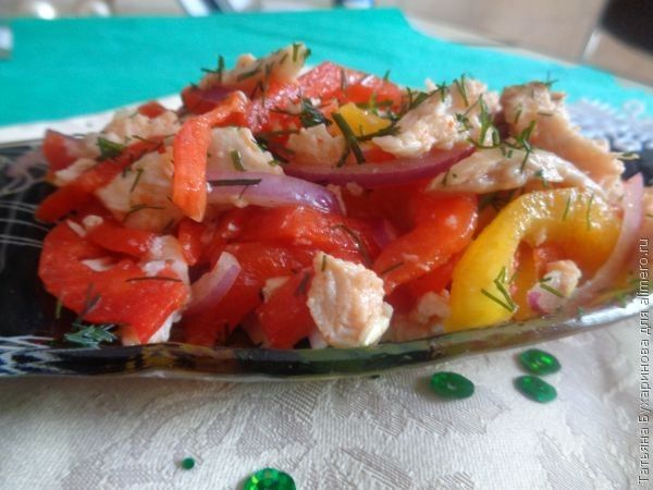 Салат из болгарского перца с курицей