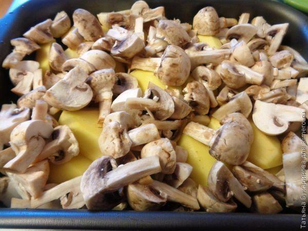 Картофель, запеченный с грибами