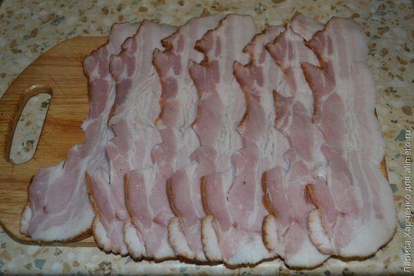 Куриный кармашек, запеченный в беконе