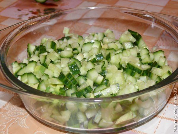Салат с курицей, салат с авокадо