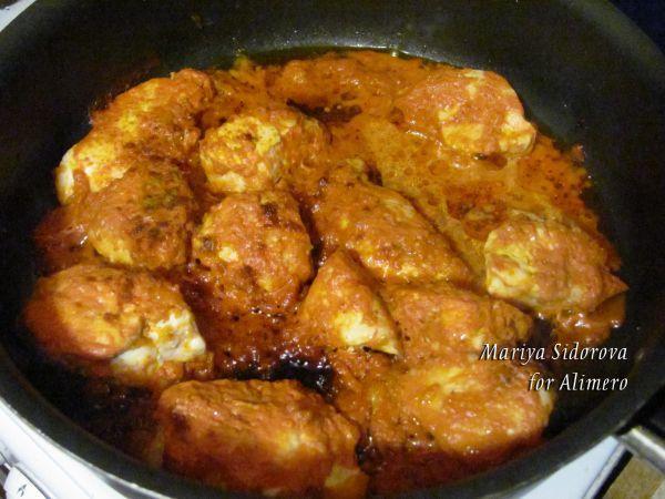 Куриное филе под томатно-сметанным соусом рецепт