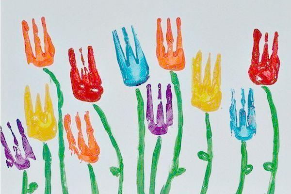 Если рисование привычными способами наскучило, попробуйте нестандартный вариант - рисование вилкой! ✔ Краски лучше использовать густые и яркие, например, гуашь или пальчиковые краски.