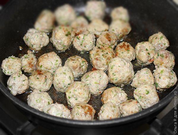 Фрикадельки из свинины с креветками