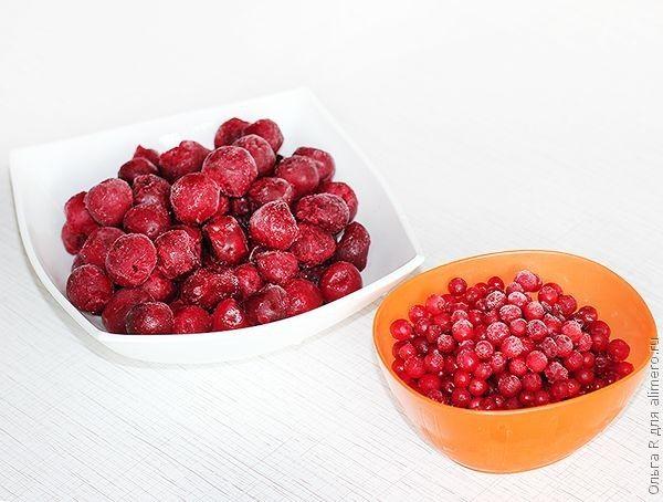 Смузи из вишни и брусники
