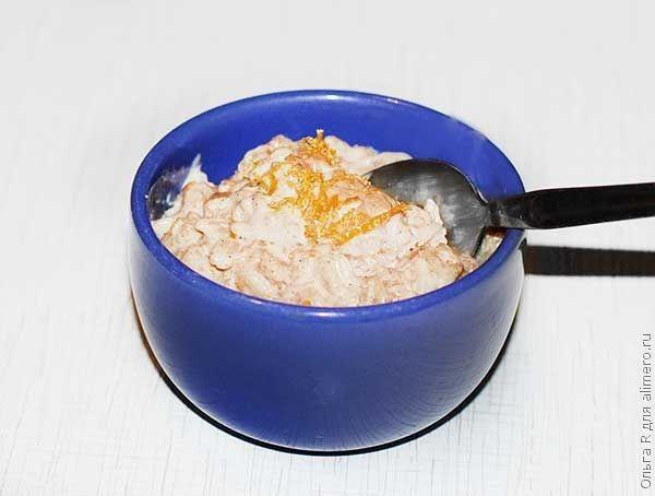Десерт из риса с пряностями