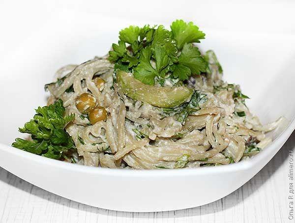 Шпинатные спагетти в сливочно-овощном соусе
