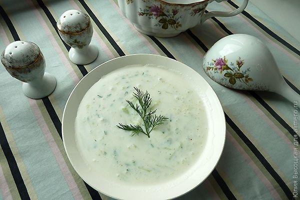 Салат из огурцов и кефира